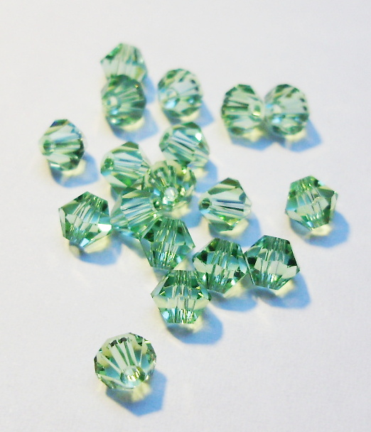 Cseh bicone 3mm - chrysolite